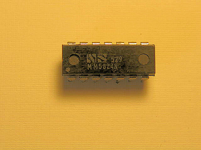 MM5824 - 6 Stage Divider- 14 pin DIP